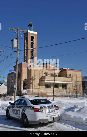 Gatineau, Canada. 29th Jan, 2017. A Gatineau police cruiser is parked outside the Outaouais Islamic Centre on Rue - Stock Photo
