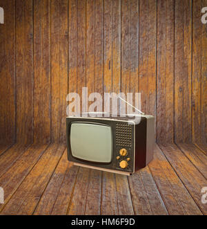 Vintage television in room - Stockfoto