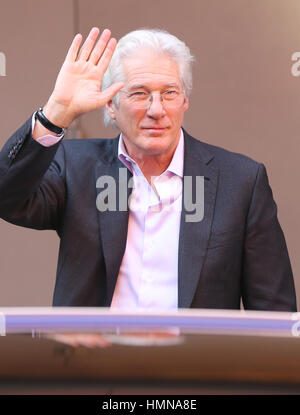 Berlin, Germany. 10th Feb, 2017. Actor Richard Gere arrives at the 67th International Berlin Film Festival for the - Stock Photo
