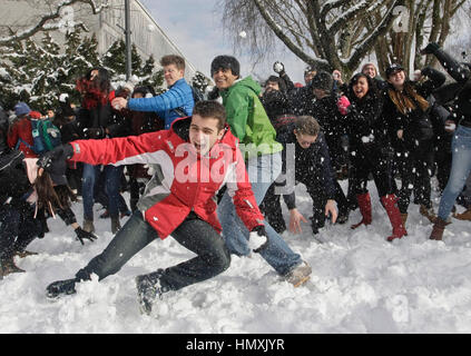 snowball throwing to improve students 5 tips for teaching narrative writing  as i teach i find myself throwing out tips and tricks to the students  easy reminders to use to improve.