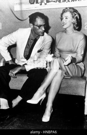 ARTHUR MILLER & MARILYN MONROE  16 August 1957 - Stock Photo