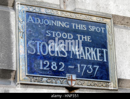 Blue plaque for the London stock market from 1282 - 1737 in the City of London, UK  KATHY DEWITT - Stock Photo