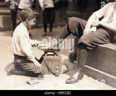 NYC, City Hall Park, Shoeshine Boy, 1924 - Stock Photo