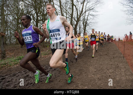 Prestwold Hall, Loughborough 11 March, Andy Vernon on his way to winning the Senior Men's race at the British Athletics - Stockfoto