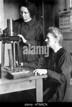 Marie CURIE (1867-1934) Polish-born French physicist, in 1925 with her daughter Irene JOLIOT-CURIE (1897-1956), - Stock Photo
