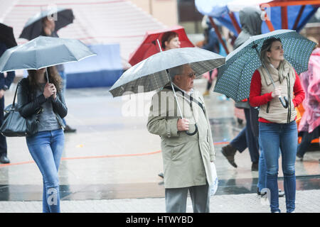 ZAGREB, CROATIA - MAY 22 : A rainy and windy weather on the street of the city center on May 22, 2015 in Zagreb, - Stockfoto
