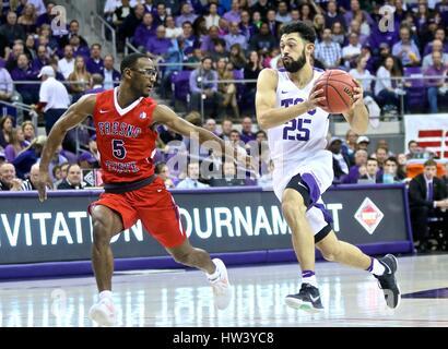 Fort Worth Texas, USA. 15th Mar, 2017. NIT basketball, tournament, NCAA, First Round, TCU guard Alex Robinson (25) - Stock Photo