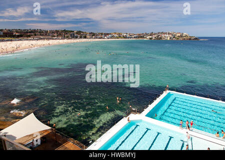 Bondi Beach and Icebergs Bath, Sydney, Australia - Stockfoto