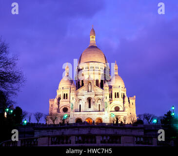 Sacre Coeur at dusk, Montmartre, Paris, France - Stock Photo