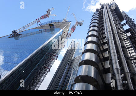 View looking up at the Scalpel skyscraper under construction on the corner of Lime Street and Leadenhall Street - Stock Photo