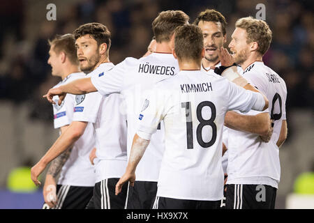 Baku, Azerbaijan. 26th Mar, 2017. Germany's Andre Schuerrle (R) celebrates his 1-0 goal with teammates during the - Stock Photo