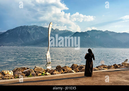 muslim singles in lake geneva Meet thousands of single muslims in doctors inlet with mingle2's free muslim  personal ads  join the hundreds of single florida muslims already online  finding love and  grandin muslim dating website lake geneva muslim dating  website.