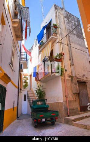 Alleyway. Rodi Garganico. Puglia. Italy. - Stock Photo