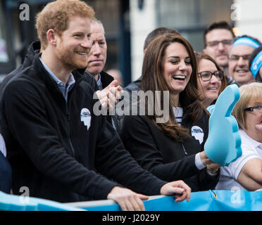 London, UK. 23rd Apr, 2017.  Virgin Money London Marathon. Prince Harry, Prince William, the Duke of Cambridge and - Stock Photo