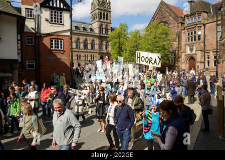 Chester, UK. 23rd April 2017. The St George's day parade through the streets of Chester with a medieval street theatre - Stock Photo