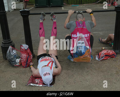 London, UK. 23rd April, 2017. The 37th Virgin London Marathon attracted record numbers of competitors, basked in - Stock Photo