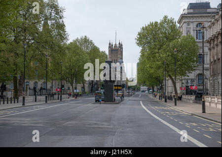 Whitehall, London, UK. 23rd April, 2017. Uncharacteristically quiet Whitehall, closed to traffic for the 2017 Virgin - Stock Photo