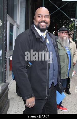 New York, NY, USA. 24th Apr, 2017. James Monroe Iglehart seen in New York City on April 24, 2017. Credit: Rw/Media - Stock Photo