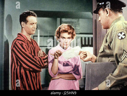 Keine Angst vor scharfen Sachen aka. Rally 'Round the Flag, Boys!, USA 1958 Regie: Leo McCarey Darsteller: Paul - Stock Photo