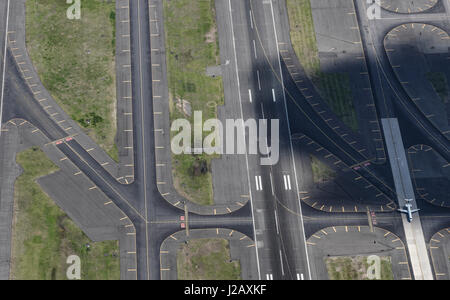 Full frame shot of airport runway, Newark, New Jersey, USA - Stock Photo