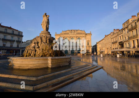 France, Herault, Montpellier, historical center, the Ecusson, Place de la Comedie (Comedy Square), the three graces - Stock Photo