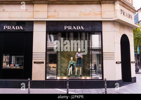 prada italy italian fashion shop display window united states of stock photo royalty free image. Black Bedroom Furniture Sets. Home Design Ideas