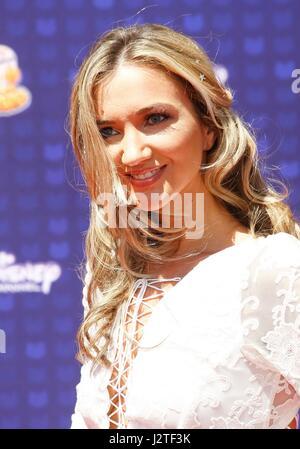 Los Angeles, California, USA. 29th Apr, 2017. Sarah Darling at arrivals for Radio Disney Music Awards - ARRIVALS - Stock Photo