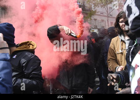 Paris, France. 1st May, 2017. Demonstration in Paris to protest the presence of Marine Le Pen and Emmanuel Macron - Stock Photo