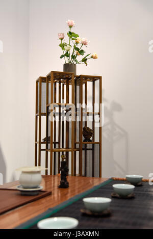 Paris. 3rd May, 2017. Photo taken on May 3, 2017 shows pieces of Chinese furniture exhibited during the 3rd International - Stock Photo