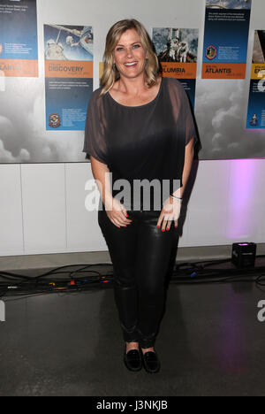 Los Angeles, Ca, USA. 6th May, 2017. Alison Sweeney, At Angel Flight West's Annual Endeavor Awards At California - Stock Photo
