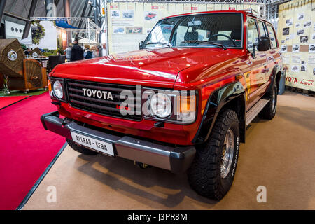 old toyota land cruiser suv truck stock photo royalty free image 14048662 alamy. Black Bedroom Furniture Sets. Home Design Ideas