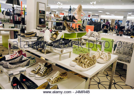 Naturalizer Shoes Store Miami
