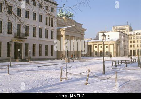 berlin brandenburg gate in the snow stock photo royalty free image 49316554 alamy. Black Bedroom Furniture Sets. Home Design Ideas