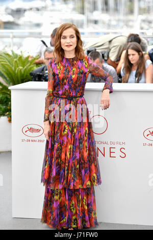 Cannes, France. 22nd May, 2017. Actress Isabelle Huppert of the film 'Happy End' poses for photos in Cannes, France, - Stock Photo