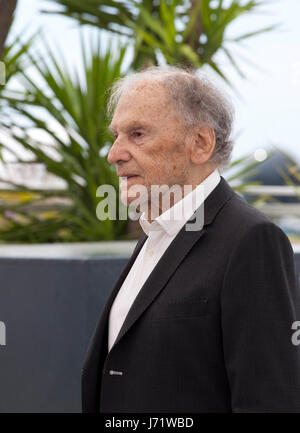 Cannes, France. 22nd May, 2017. Actor Jean-Louis Trintignant at the Happy End film photo call at the 70th Cannes - Stock Photo