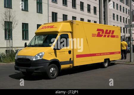dhl van dhl express van stock photo royalty free image 39032565 alamy. Black Bedroom Furniture Sets. Home Design Ideas