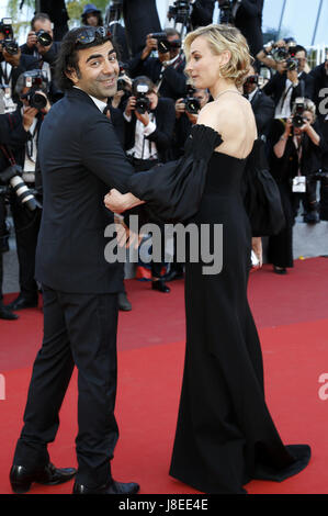 Cannes, Frankreich. 28th May, 2017. Fatih Akin and Diane Kruger attending the closing-night of the 70th Cannes Film - Stock Photo