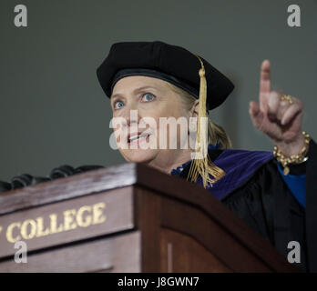 Wellesley, MA, USA. 26th May 2017.  2016 United States Democratic Presidential Candidate Hillary Clinton (Wellesley - Stock Photo