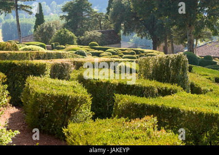 castle and gardens of Marqueyssac, the gardens have the characteristic to be suspended - Stock Photo