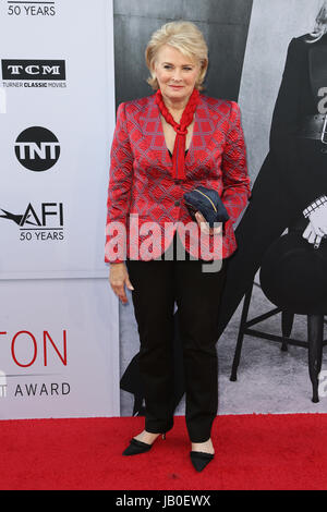 Hollywood, Ca., USA. 8th June, 2017. Candice Bergen at the American Film Institute Gala honoring Diane Keaton with - Stock Photo