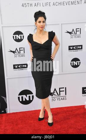 Los Angeles, CA, USA. 8th June, 2017. Sarah Silverman at arrivals for 2017 AFI Life Achievement Award Gala Honoring - Stock Photo