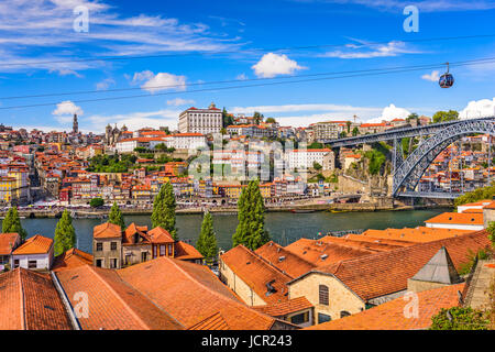 europe portugal porto cable car douro river stock photo royalty free image 93607410 alamy. Black Bedroom Furniture Sets. Home Design Ideas