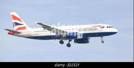 BA British Airways Airbus a320 G-EUUT arriving at London Heathrow Airport LHR. British Airways Flag Carrier and - Stock Photo