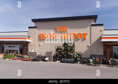 American Home Depot Store Building Exterior In Tustin