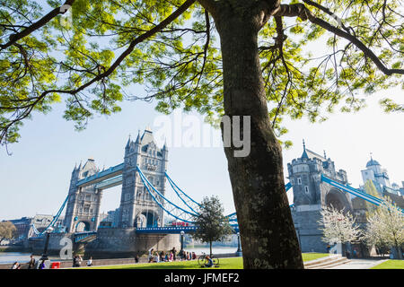 England, London, Southwark, Tower Bridge - Stock Photo