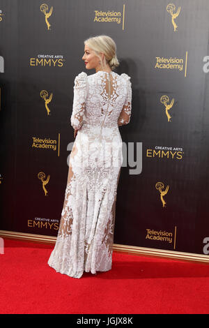 Los Angeles, CA, USA. 11th Sep, 2016. LOS ANGELES - SEP 11: Julianne Hough at the 2016 Primetime Creative Emmy Awards - Stock Photo