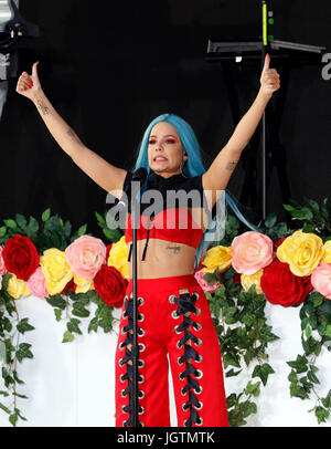 Halsey performing live on the 'Today' show concert series ...