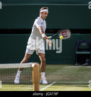 Wimbledon, London, UK. 10th July, 2017. The Wimbledon Tennis Championships 2017 held at The All England Lawn Tennis - Stock Photo