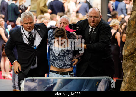 London, UK. 13th July, 2017. Security at World Premiere of DUNKIRK on Thursday 13 July 2017 held at ODEON Leicester - Stock Photo
