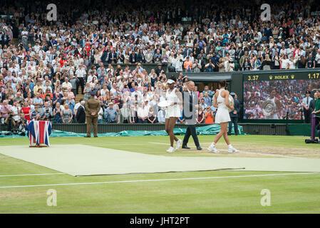 Wimbledon, London, UK. 15th July, 2017. The Wimbledon Tennis Championships 2017 held at The All England Lawn Tennis - Stock Photo